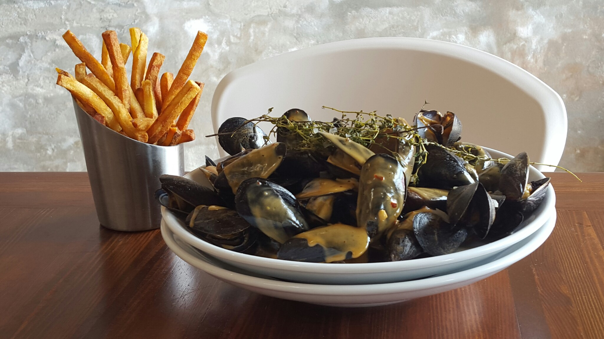 Mussels and Fries at Press Street Station
