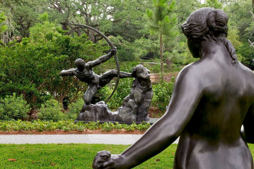 Gonola Preview Sydney And Walda Besthoff Sculpture Garden