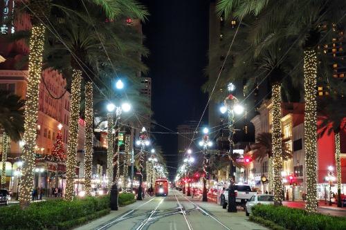 lights on canal street