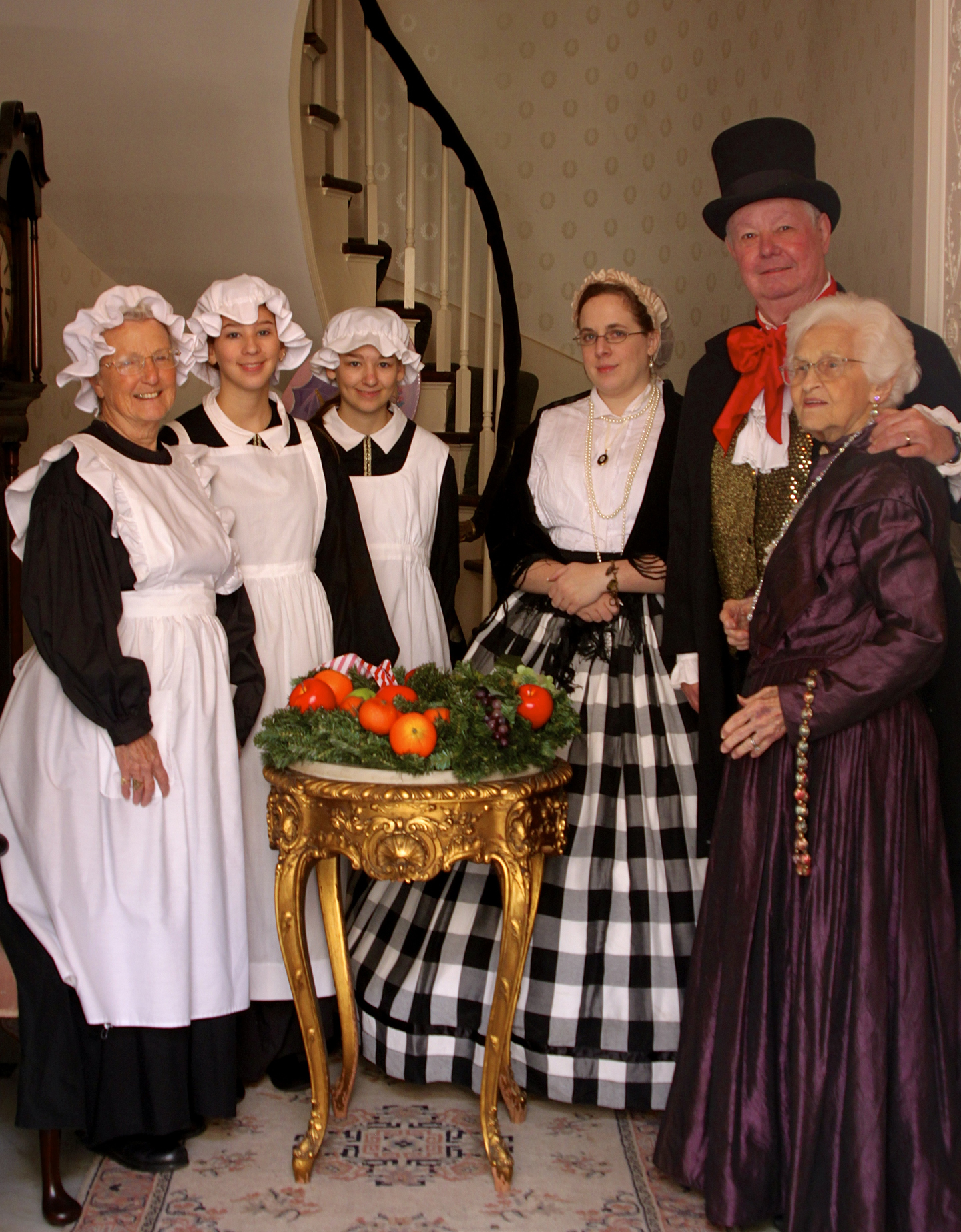 Historic characters at the Spring Fiesta House (photo courtesey of Friends of the Cabildo)