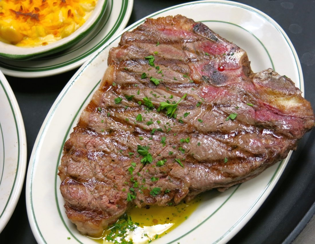NOLA Does Steak