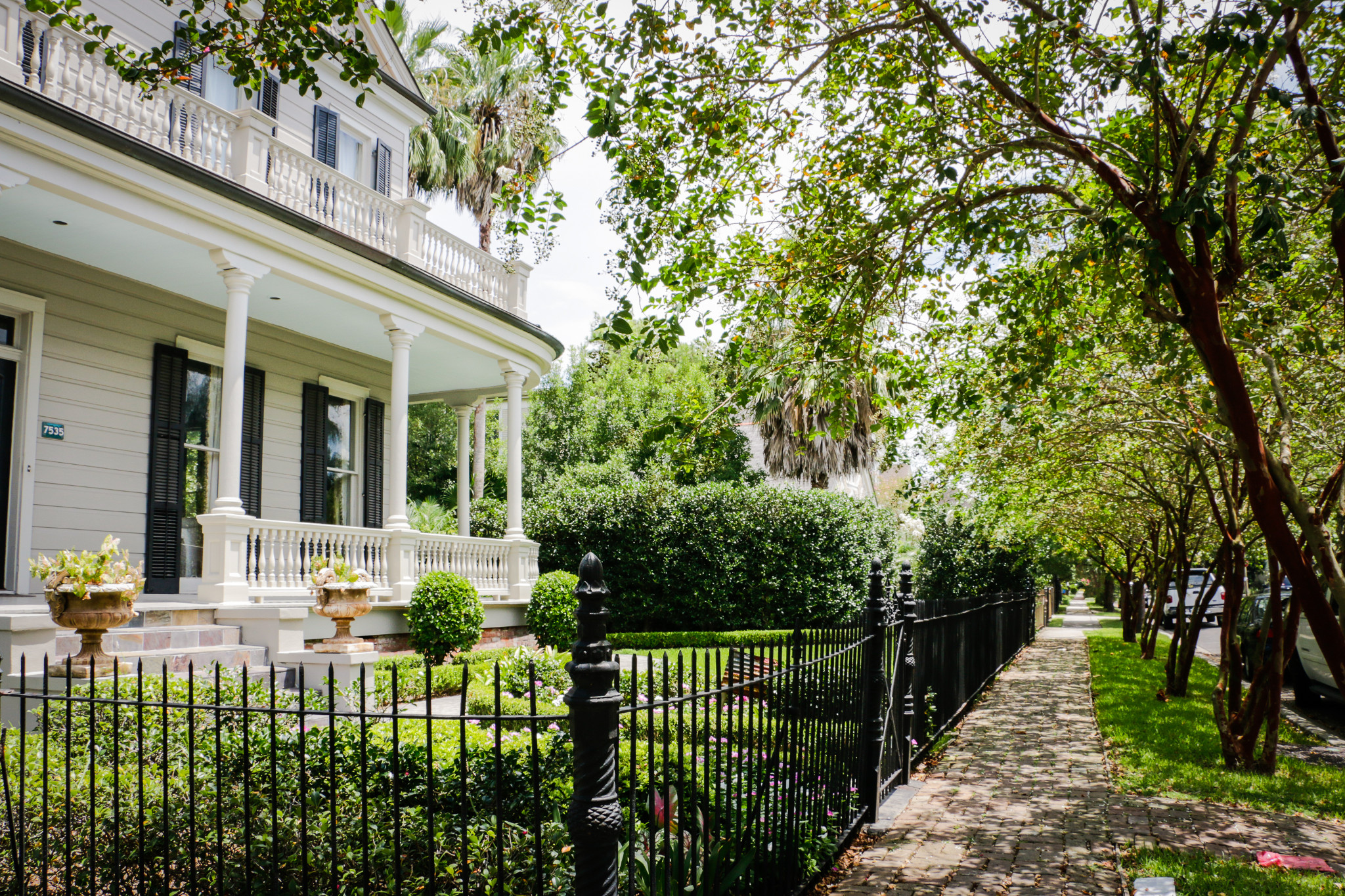New Orleans Garden District Homes