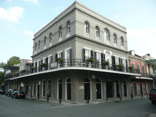 The allegedly haunted LaLaurie Mansion at 1140 Royal Street in the French Quarter. Photo from Wikimedia Commons.
