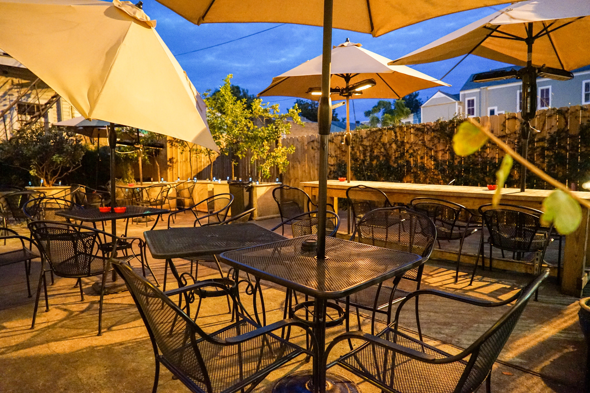 In addition to a balcony, the Avenue Pub also features a courtyard downstairs. (Photo: Paul Broussard)