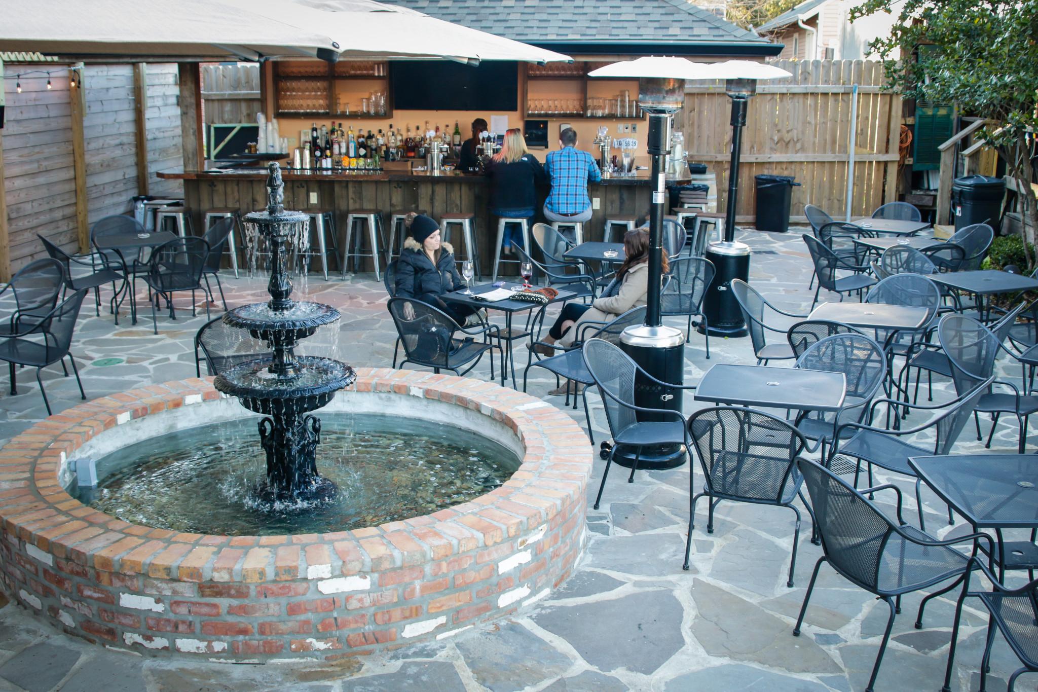 Bayou Wine Garden. (Photo: Rebecca Ratliff)
