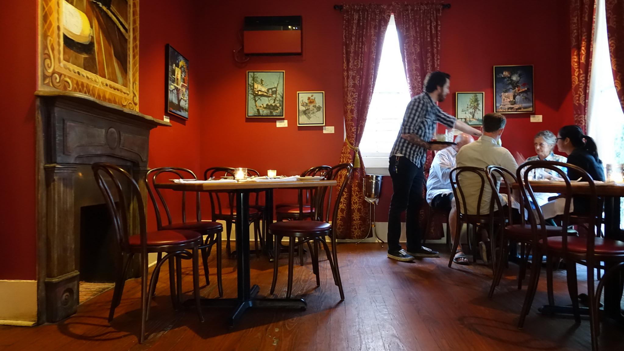 Dante's Kitchen. (Photo: Paul Broussard)