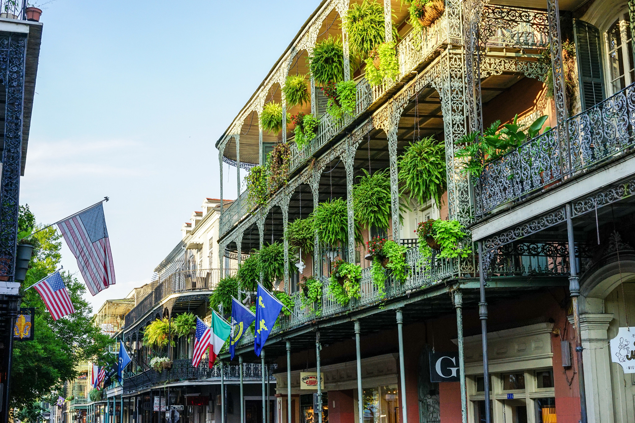 Gonola Tops New Orleans Tours