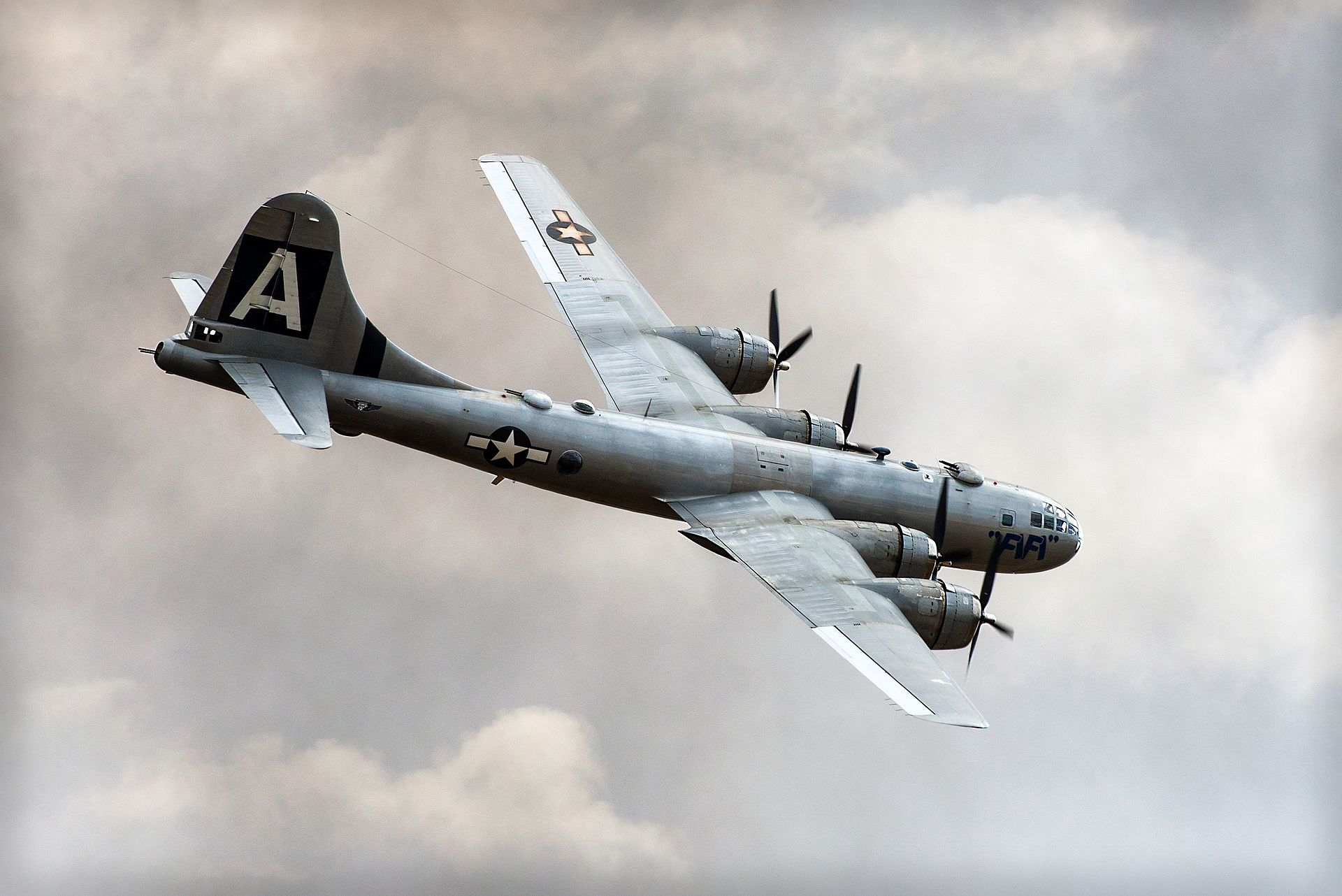 fifi-bomber