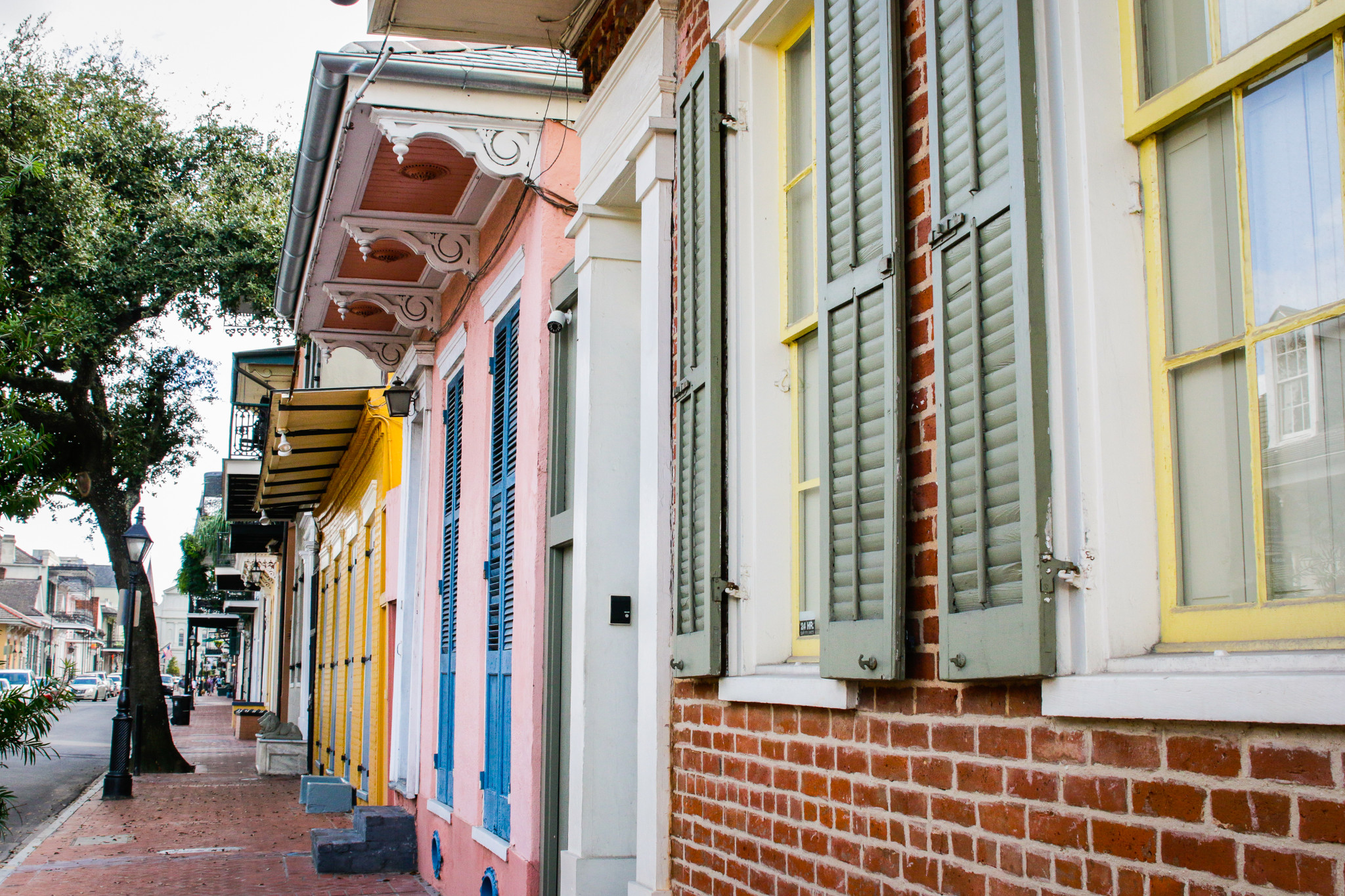 Colorful homes in the French Quarter. (Photo: Rebecca Ratliff)