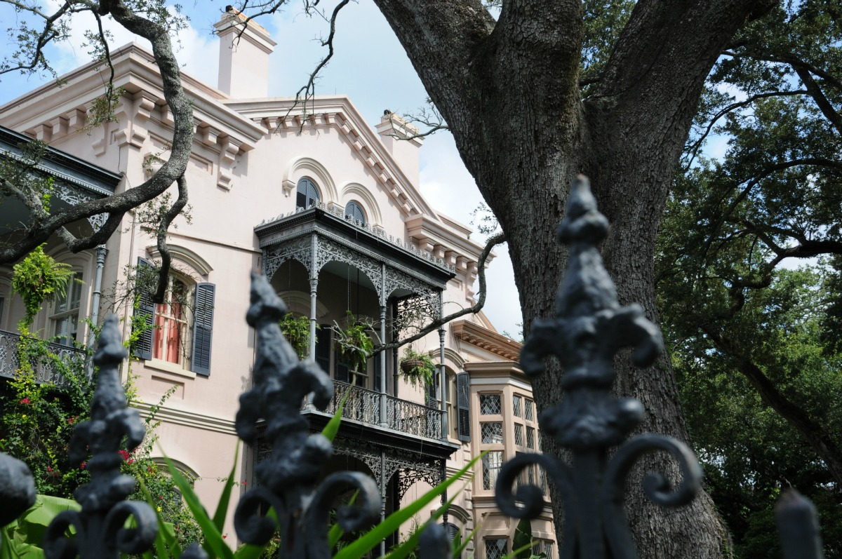 Five nonfiction nola books to read right now for Things to do today in new orleans