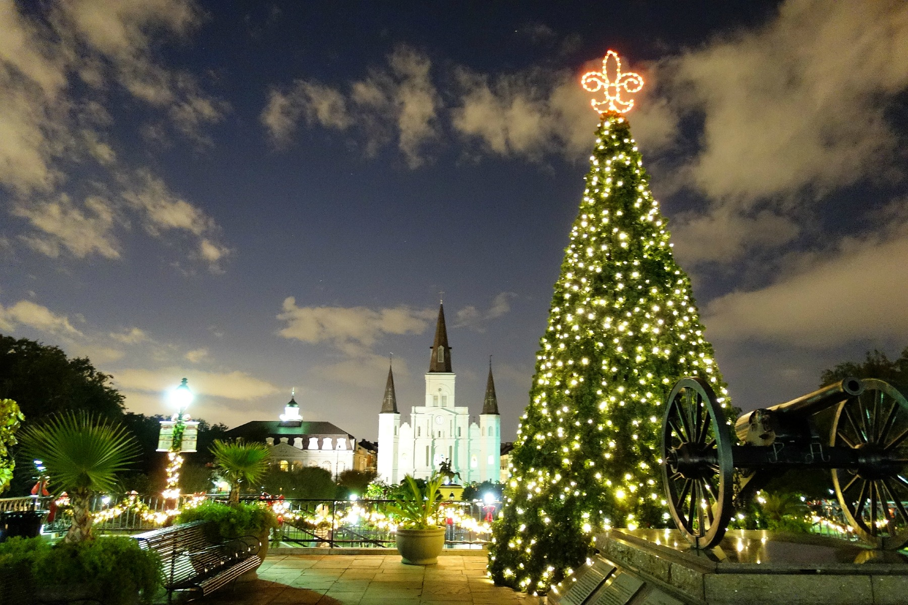 How to Spend Christmas Day in New Orleans