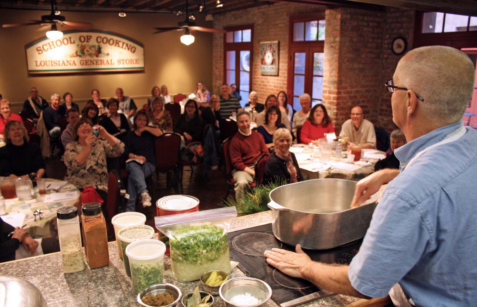 Gonola tops learn to cook new orleans style - La cuisine cooking classes ...