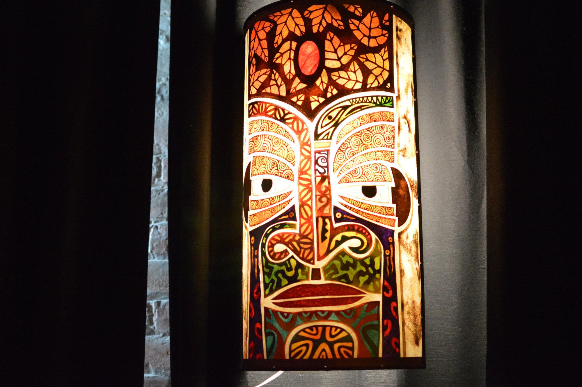 Tiki head lamp at Tiki Tolteca. (Photo: Nora McGunnigle)