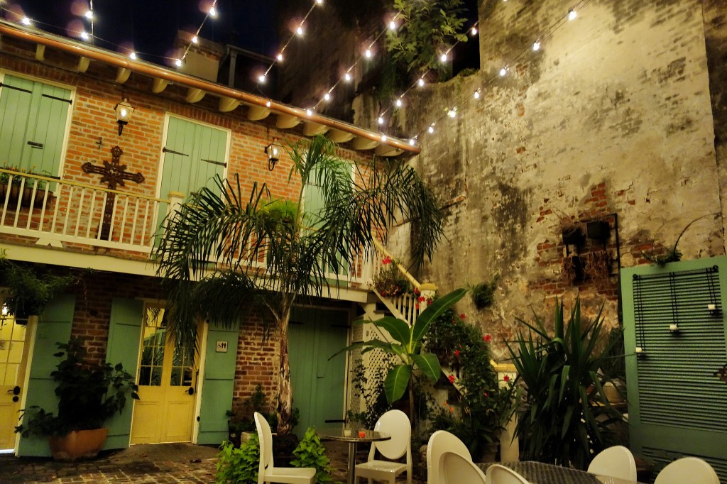 Little Vic's has a charming courtyard. (photo: Paul Broussard)