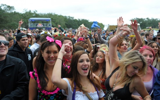 voodoo-fest-crowd